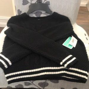 Copper Key girls size medium sweater NWT